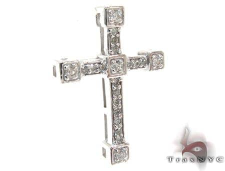 Ladies Prong Diamond Cross 21203 Style