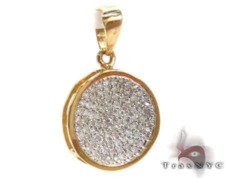 Ladies Yellow Gold Pave Diamond Pendant 21495 Stone