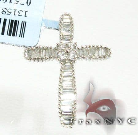 Blade Cross Diamond