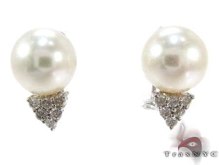 White Pearl Diamond Earrings 27344 Stone