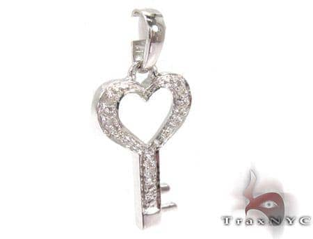 Mini Heart Key Diamond Pendant 1 Metal