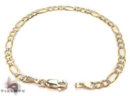 10K Gold Figaro Diamond Cut Bracelet 33236 Gold