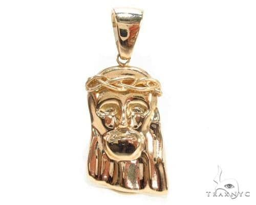 14k Yellow Gold Jesus Pendant 35495 Metal