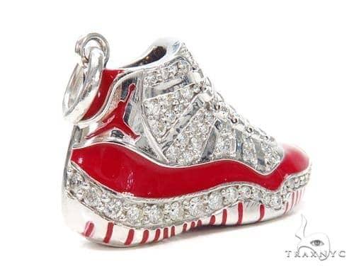 Air Jordan 11 Sneaker Pendant 42773 Mens Metal White Gold 14k Round