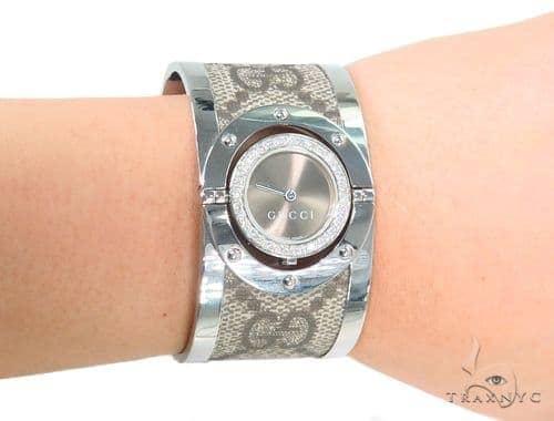 57fe2373066 Womens Jewelry   Women s Diamond Watches   Gucci   Pave Diamond Gucci 112  Twirl Bangle Ladies Watch YA112425 44145