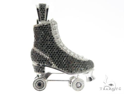Custom Diamond Roller Skate Pendant 56541 Mens Metal White