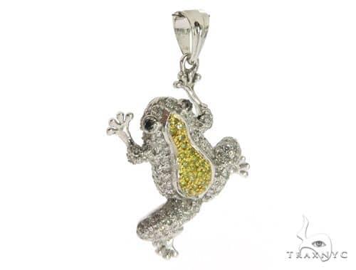 14k White Gold Frog Pendant 63344 Metal