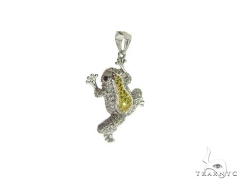 14k White Gold Frog Pendant 63344 Metal