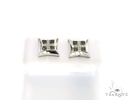 14K White Gold Dual Color Earrings. 63351 Stone