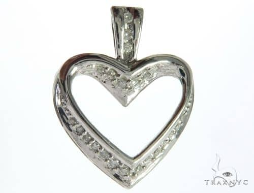14K White Gold Diamond Stud Heart Pendant. 63485 Stone