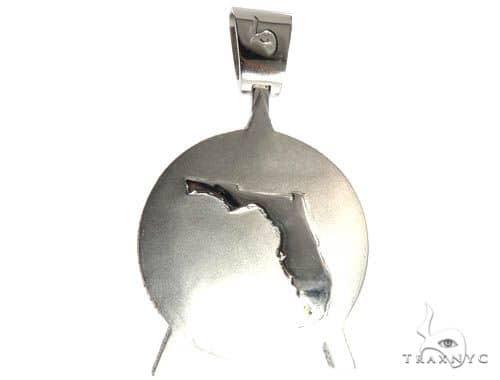 Pave Diamond Custom Made Gas Game Pendant Metal